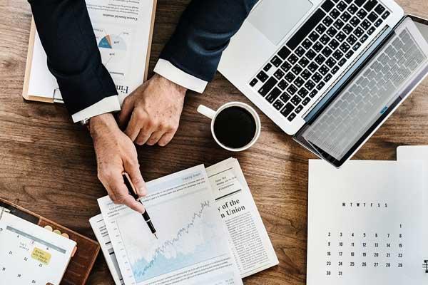 درآمد مشاور بازاریابی